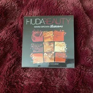 Huda Warm Brown Obsessions